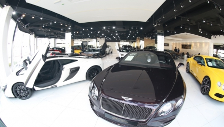 Buy Luxury Cars at Compeive Prices in Dubai