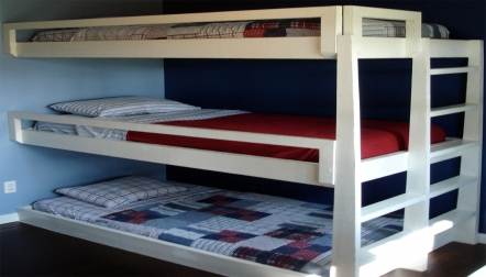 (70) Bed Spaces Accommodation Available For Male 500= Dirha