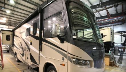 RV,Trailer,Motorhomes,Tour Bus