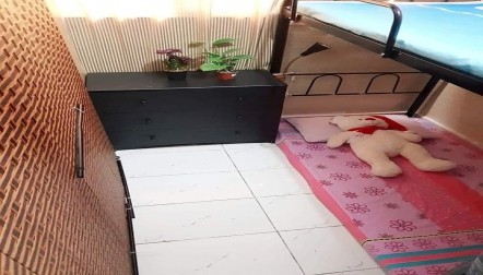 PARTITION, BED SPACE UPPER AND LOWER FOR RENT IN ELECTRA