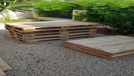wooden Dubai pallets 0555450341
