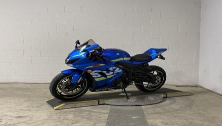 2021 Suzuki GSXR1000 whatsapp (+971543681884)